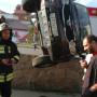 «На месте два реанимобиля»: в центре Челябинска УАЗ перевернулся после ДТП с четырьмя машинами