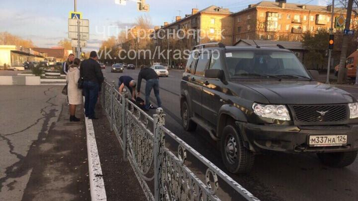 На Свердловской водитель сбил подростка на переходе, где отказал светофор