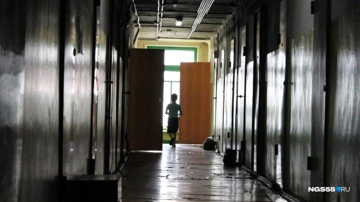 «Отчима надо уложить лицом в гречку»: иностранцы об омиче, который издевался над пасынком