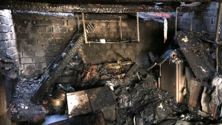 В сгоревшем гараже в Северодвинске погибли двое мужчин