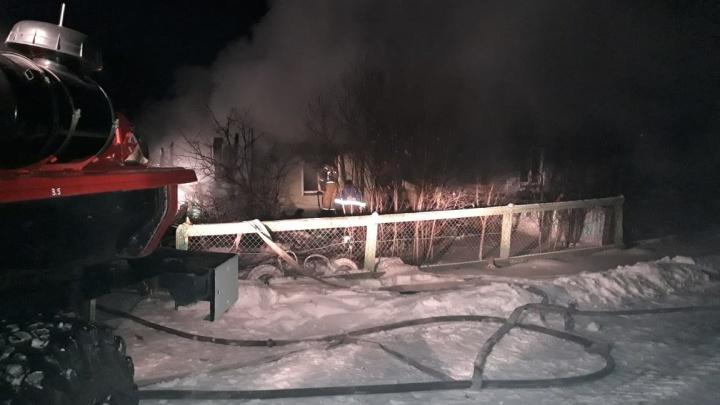 В Зауралье во время пожара погибла семьях из трех человек