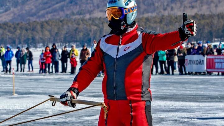 Новосибирского лыжника привязали к мотоциклу и прокатили по Байкалу на скорости 200 км/ч