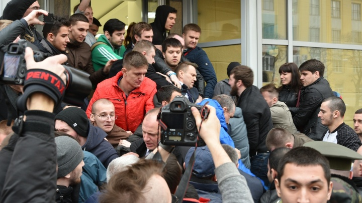 «Миллион за фото»: волгоградцы выиграли у местного издания суд за украденные фото Навального