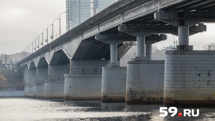 В Перми подрядчика заставят переделать отремонтированные участки Коммунального моста