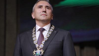 Сколько зарабатывает Моор на новом посту? Тюменский губернатор отчитался о своих доходах