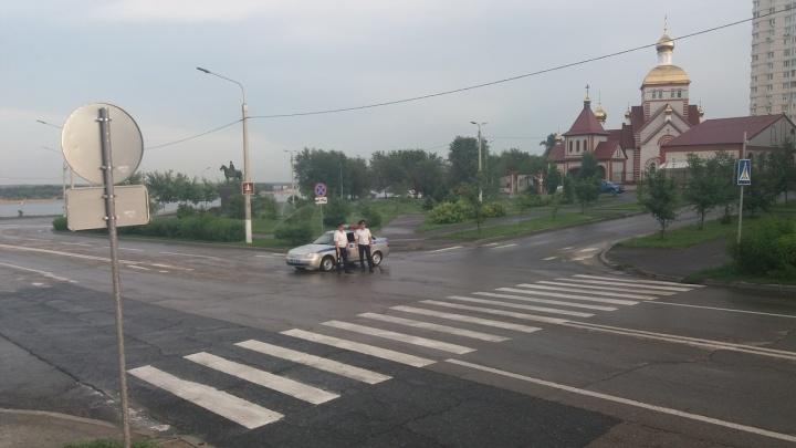 В Волгограде после ливня перекрыли Нулевую Продольную