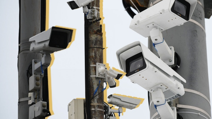 Тотальный контроль: изучаем, где в Екатеринбурге в 2019 году появились камеры, штрафующие за всё подряд