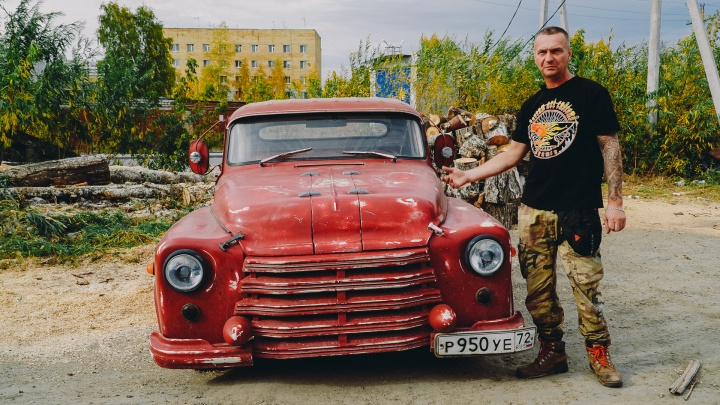 Старый ГАЗ-52 превратили во «Франкенштейна», разгоняющегося до 200 км/час
