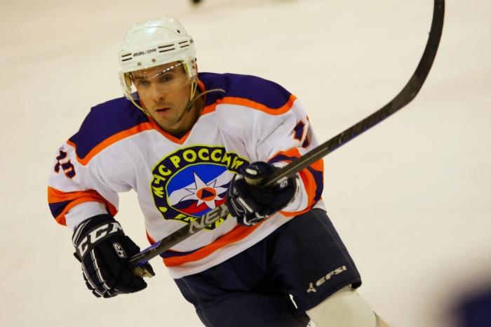 Иван Бакуров на льду