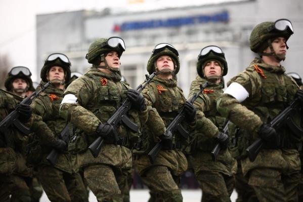 В Новосибирске прошла первая репетиция парада