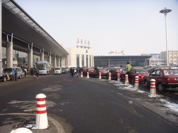Аэропорт Дивопу в Урумчи