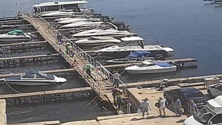 Прокуратура хочет закрыть лодочную станцию, где швартовался затонувший катамаран