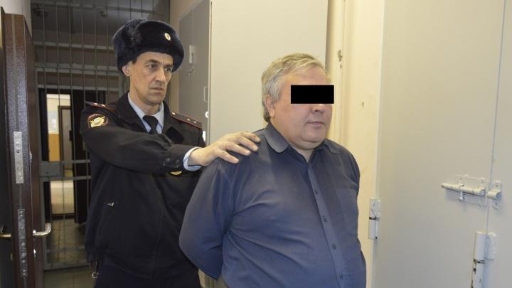 Полиция и ФСБ задержали трёх лжеминёров, из-за которых вчера произошли массовые эвакуации