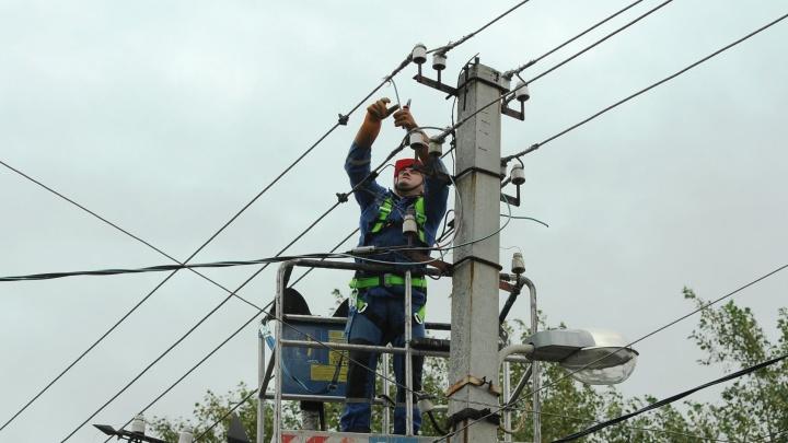 В Свердловской области без света остаются 7 тысяч жителей