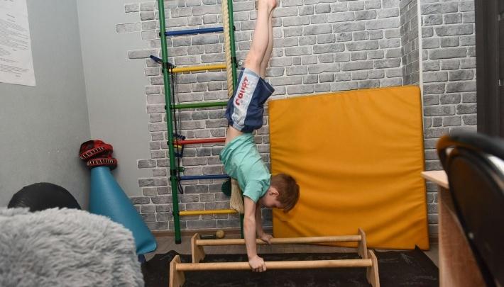 Восьмилетний мальчик, который отжимается больше 5000 раз, поучаствовал в шоу Первого канала
