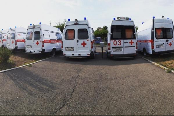 Сегодня работники скорой собрались на первой подстанции в ожидании министра здравоохранения