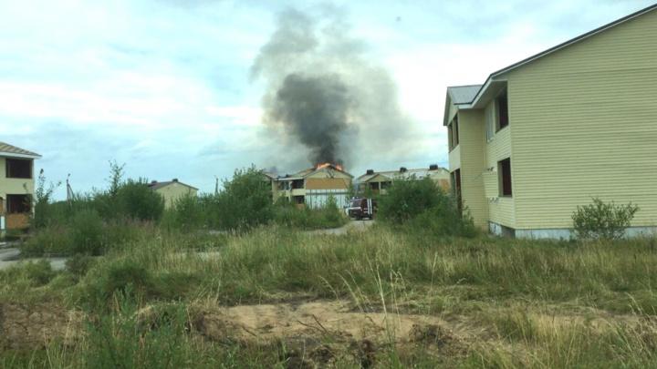 «Вонь на весь район»: в Березниках загорелся формальдегидный дом