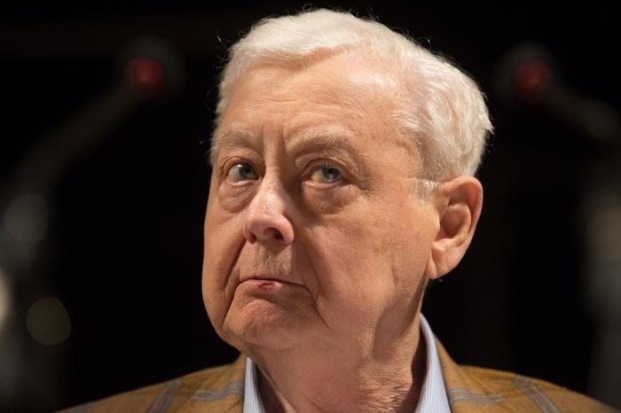 Он был художественным руководителем МХТ имени Чехова и созданного им московского театра «Табакерка»