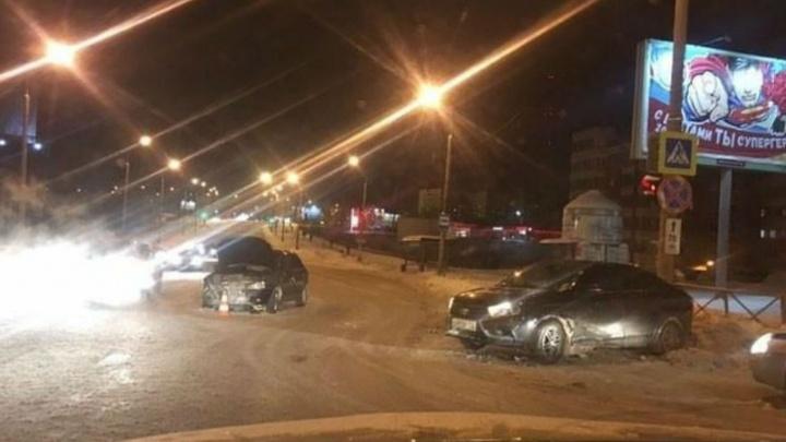 В Перми пассажирка Lada пострадала в ДТП на улице Уинской