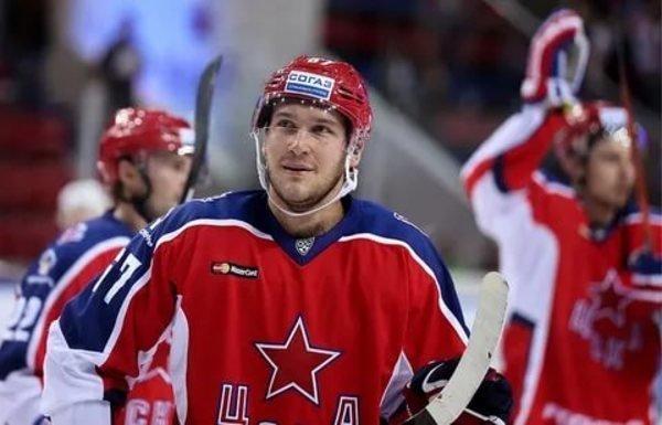 ХК «Сибирь» взял на работу форварда из ЦСКА