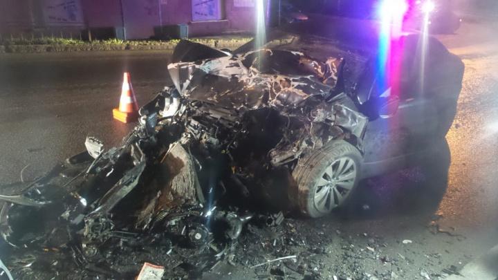 В Завокзальном районеVolkswagen лоб в лоб столкнулся с микроавтобусом — три человека в больнице