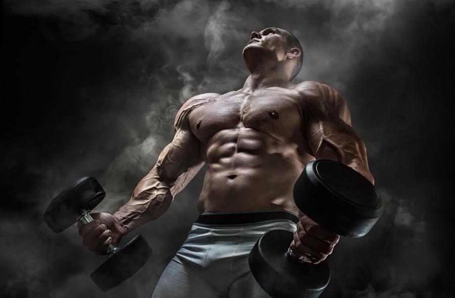 Спортсмен изНовосибирска наладил реализацию  незаконных стероидов через Интернет