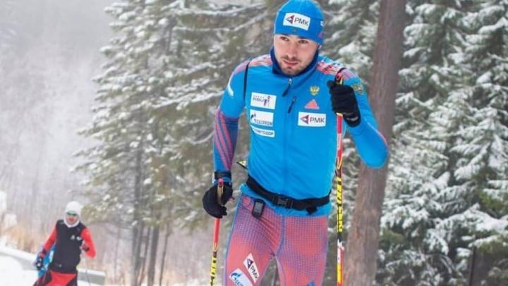 Антон Шипулин стал лучшим из россиян на третьем этапе Кубка мира по биатлону в спринте на 10 километров