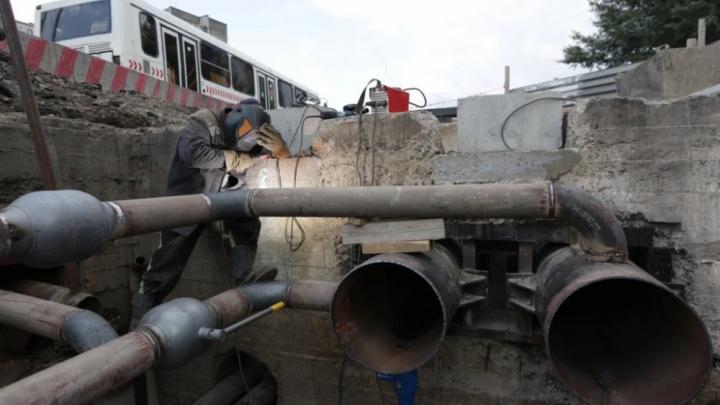 Трубы не замерзнут: в Красноярске впервые применили новый теплоизоляционный материал