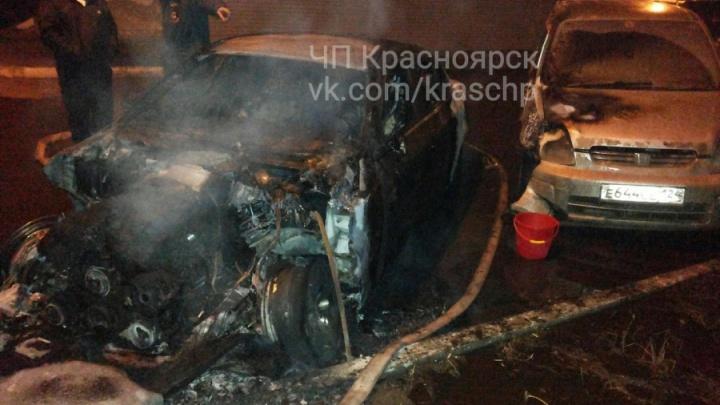 Двоих судят за сгоревший BMW должника во дворе «Северного»