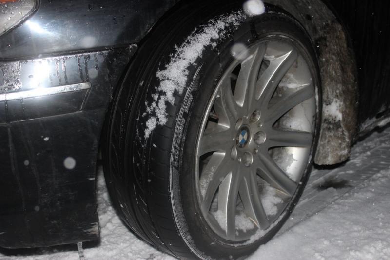 ВКемеровской области шофёр БМВ сбил пенсионерку ичетверых детей