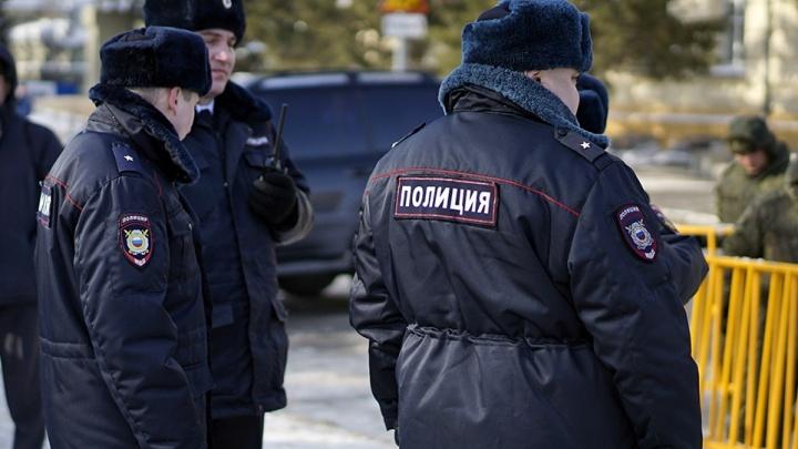 В Омске грабитель с пистолетом ворвался в банк