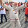 «Начал новую жизнь»: пенсионер из Прикамья пришел на ЧМ-2018 в рубахе, босиком и чуть не женился