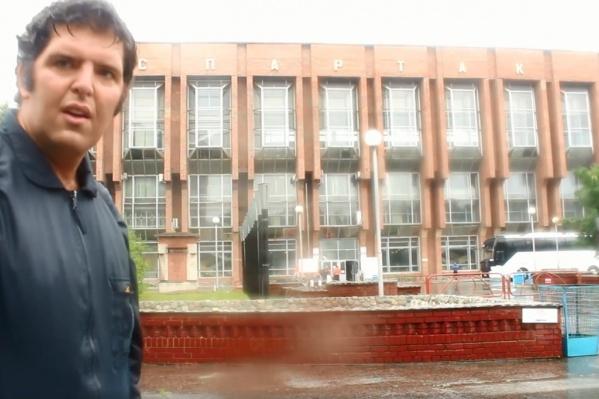 Мирко Бусетто — известный блогер, на его группу в Facebook подписано больше 15 тысяч человек