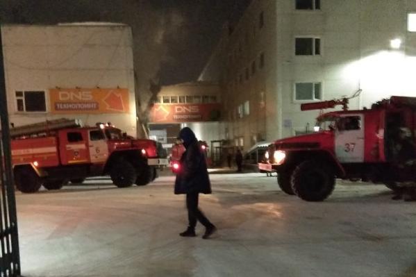 Офис загорелся сегодня вечером, в 20:35