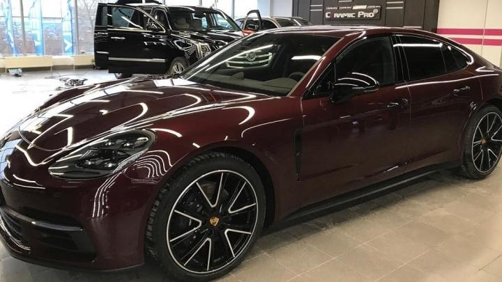 Новогодние мегабонусы: екатеринбургский техцентр подарит клиентам 20 тысяч на защиту внешнего вида авто