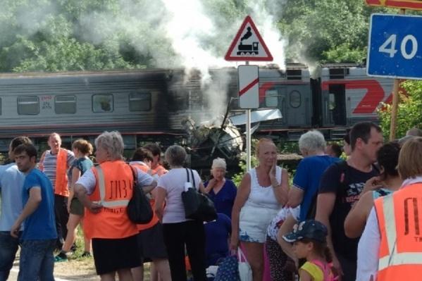 Огонь перекинулся на вагон