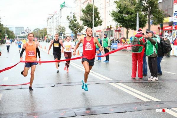 Борьба за первое место марафона