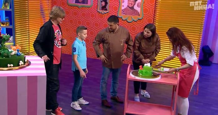 Тюменка, чей торт понравился сыну рыжего из «Иванушек», прошла в суперфинал телешоу «Кондитер»