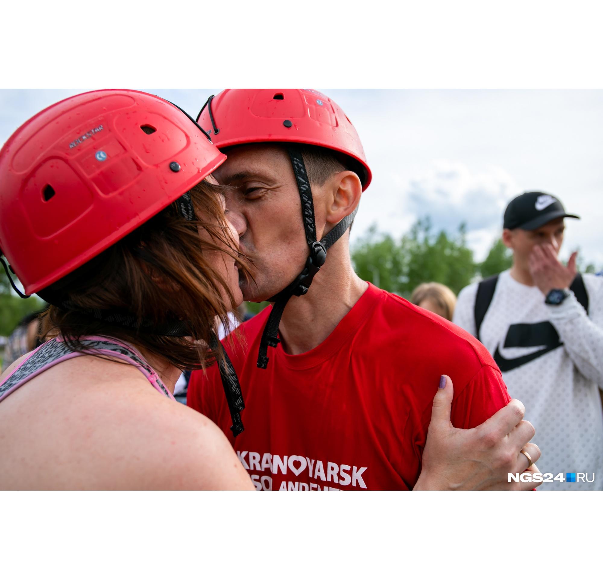 Главное — сохранить позитивные чувства и не разругаться после соревнований. Многие пары сближаются в командной игре