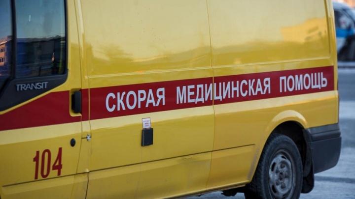 В Ялуторовске пенсионерка выпала из окна второго этажа и разбилась насмерть