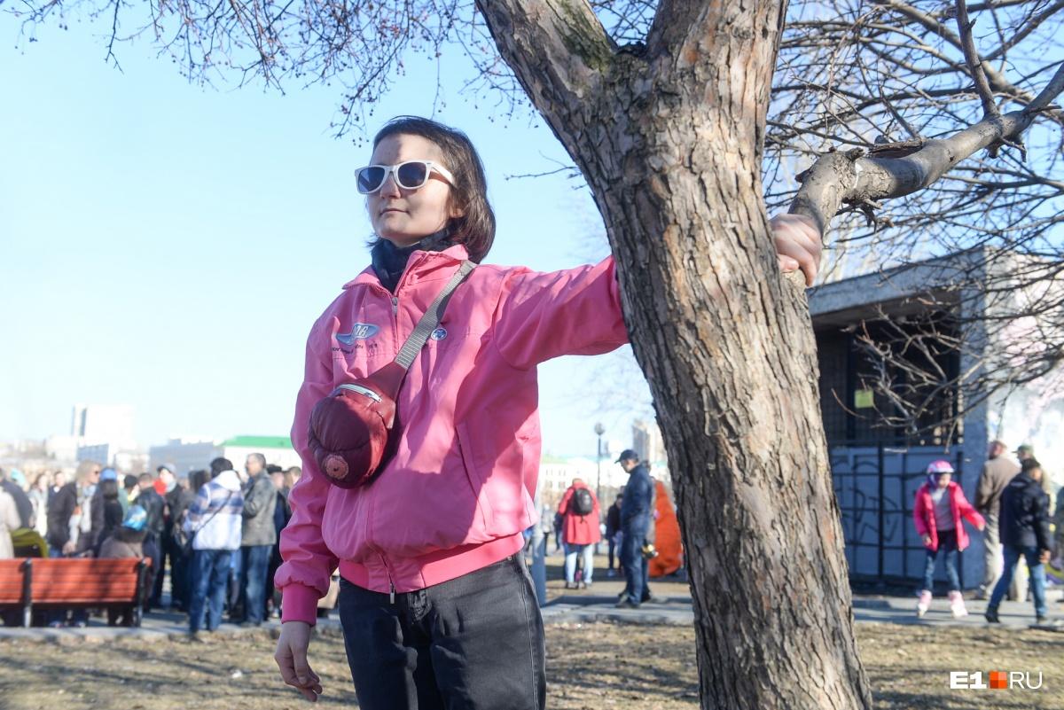 Считаем защитников сквера: видео акции протеста с высоты птичьего полета
