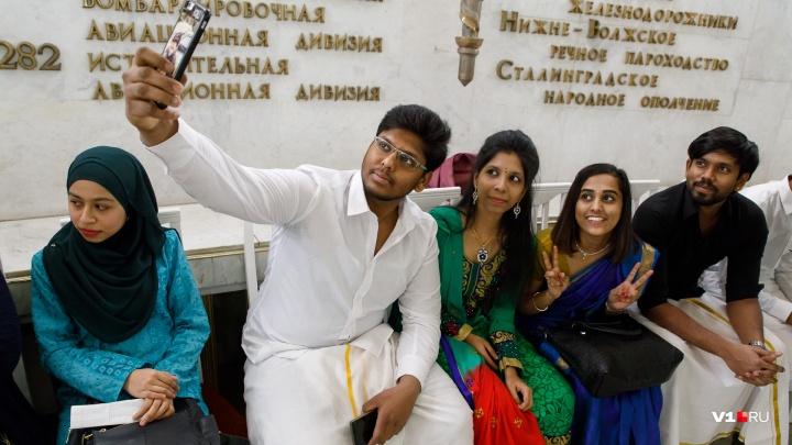 «Большие проблемы с набором»: в Волгограде разрешили иностранным студентам устраиваться на работу