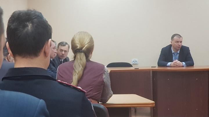 Андрей Потапов поспорил с курганской полицией о том, кто должен охранять ледовый городок на площади