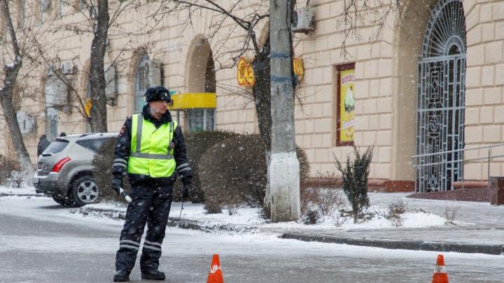Центр Волгограда перекроют для машин ради шествия казаков