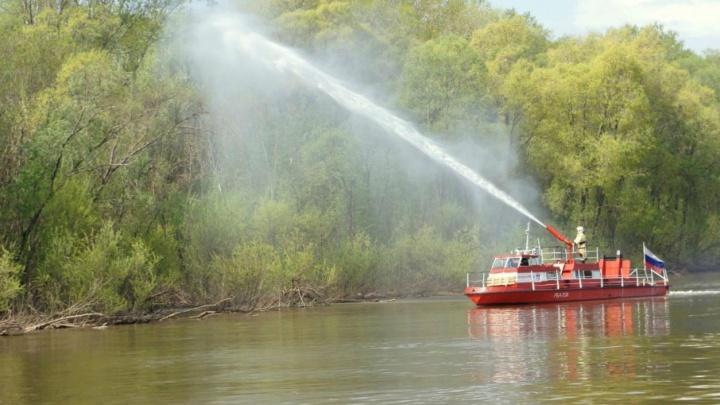 В Уфе «пожар» потушили прямо с реки