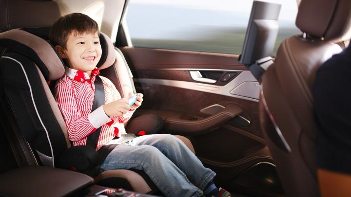 С малышом в чужой машине: почему родители променяли автобусы на такси