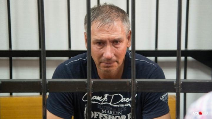 «Звонить нельзя, а ночью быть дома»: Леонида Жданова освободили из-под домашнего ареста