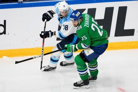 Во второй двадцатиминутке команды поиграли в остроатакующий хоккей