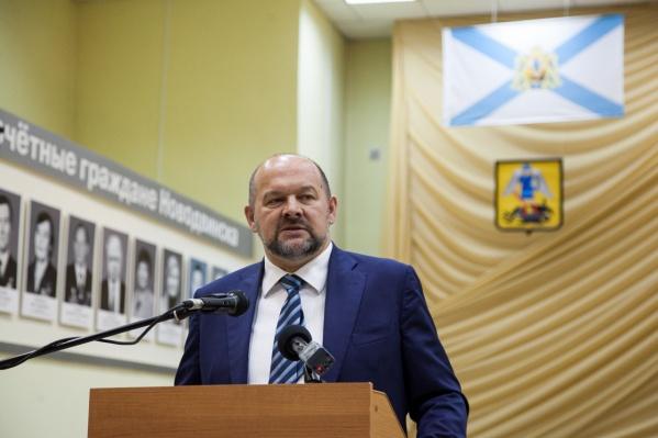 Самые низкие оценки составителей рейтинга Орлов получил из-за конфликтов на федеральном и региональном уровнях