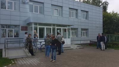 «Как будто я какой-то террорист»: борца с «заводом смерти» в Камбарке оштрафовали на 20 тысяч рублей